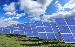 Controlled net export for solar PV